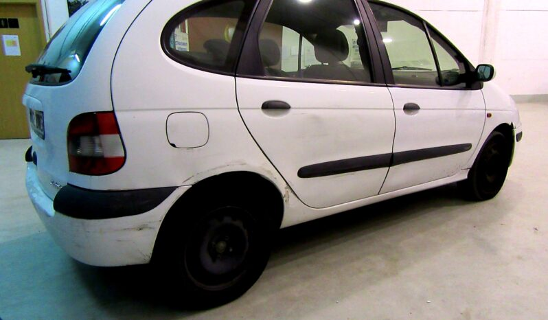 Renault Scenic 1.9 dTi DCI Authentique lleno