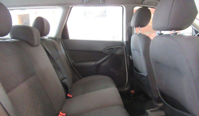 Ford Focus 1.8 TDDI Ambiente lleno