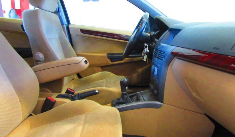 Opel Astra 1.7 CDTI Elegance lleno