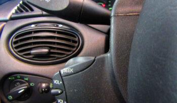 Ford Focus 1.8 TDDI Ghia lleno